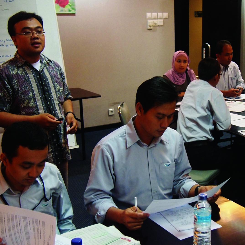 pelatihan-jurnalistik-dasar-bagi-karyawan-wilmar-nasional-12-14-september-2013