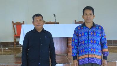 Ketua Dewan Stasi (kanan) dan Wakil Ketua Dewan Stasi (kiri) Huta Ginjang